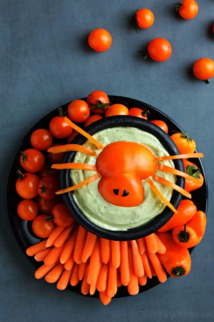 houmous d'edamames et araignée en poivron rouge avec plateau de crudités, recette halloween facile et rapide