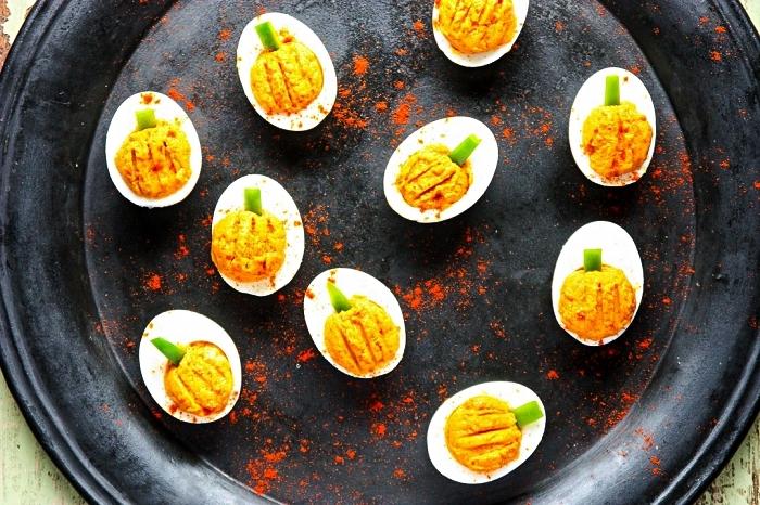 recette oeufs mimosa façon citrouilles d'halloween, recette facile et rapide pour l'apero dinatoire halloween