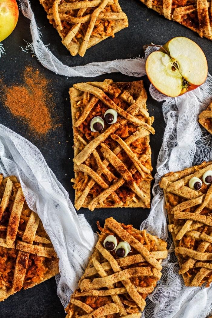 biscuits momies à la pomme et cannelle pour un apéro halloween, recette halloween facile et rapide