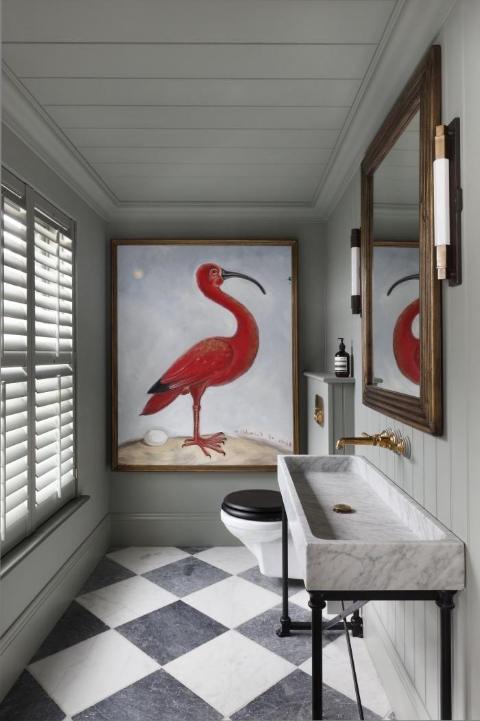 toilette deco en couleurs neutres avec décoration art mural, modèle peinture flamant rose pour décorer un mur