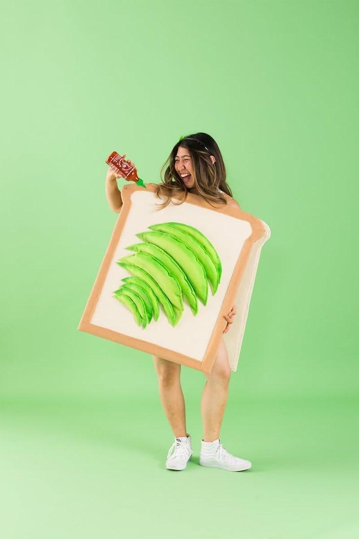 Toast et avocat amusement déguisement original, habit halloween simple à faire