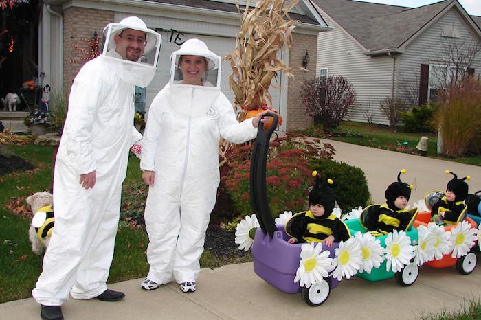 Deguisement bebe halloween, s'habiller pour la fête de halloween, bébés déguisés comme abeilles
