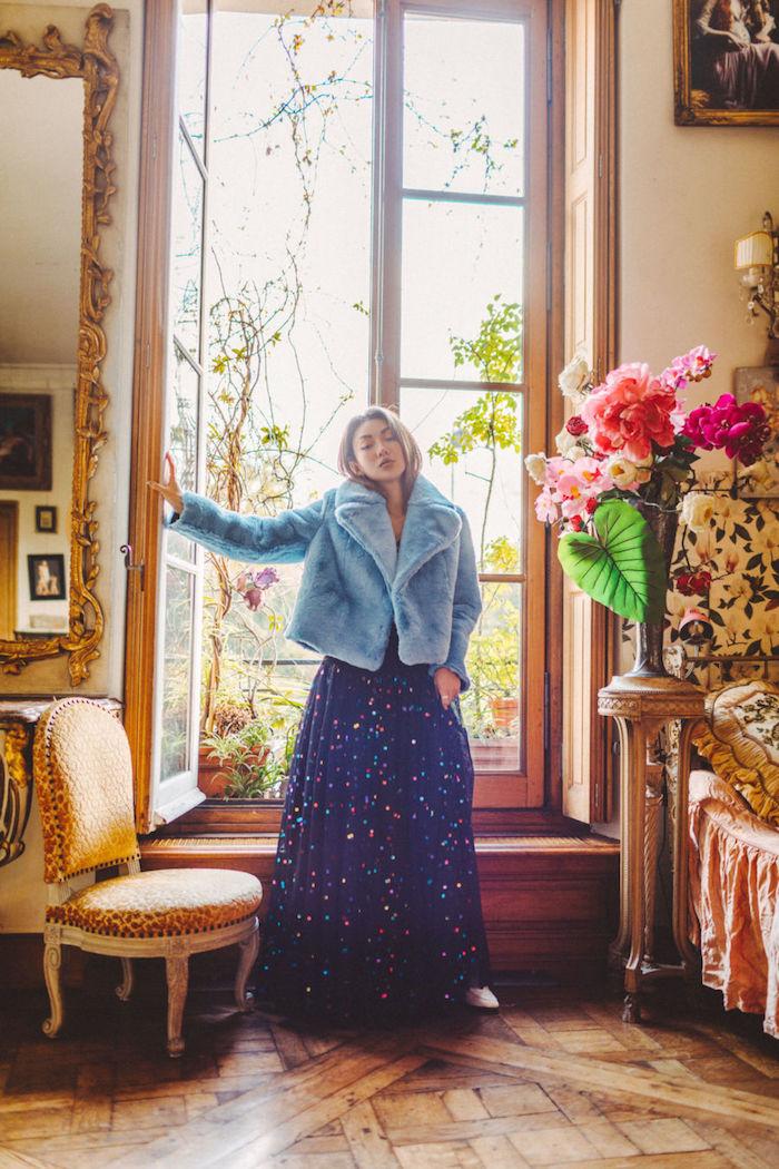 Bleu foncé robe longue femme à pois colorés, style bohème chic pour femme moderne en hiver