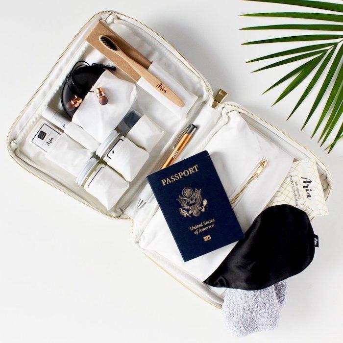 Kit pour mieux organiser ses choses pour voyager, cadeau de voyage rangement, idée cadeau utile, nécessaire utile