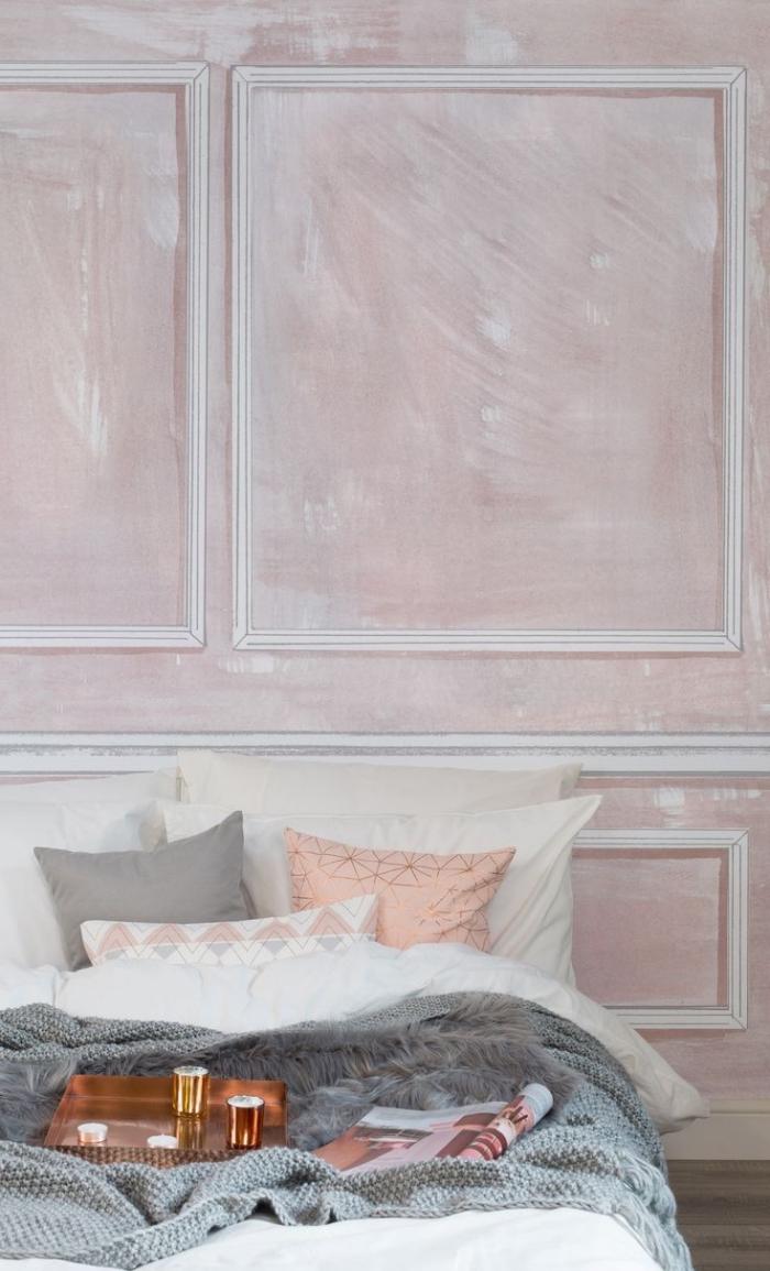 design intérieur style vintage dans une chambre gris et blanc avec accessoires rose pale, idée déco chambre romantique