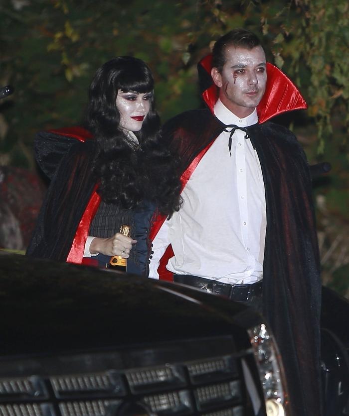 idée tenue femme vampire en noir et rouge, quel déguisement halloween homme, look halloween pour couple