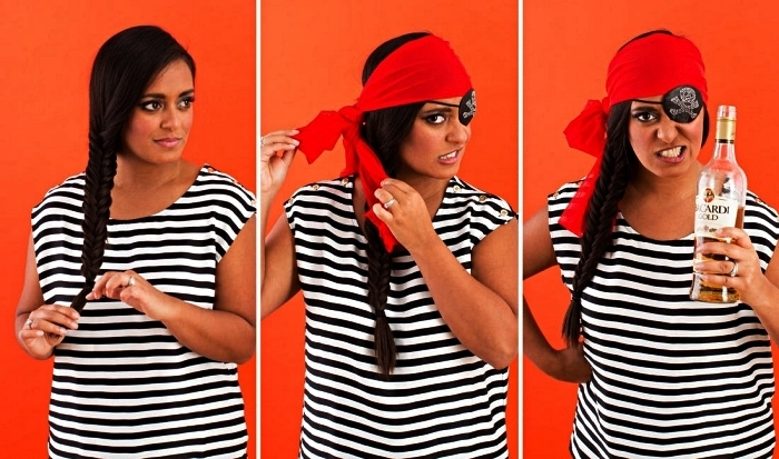 idée de deguisement pirate à faire soi-même, costume de pirate femme composé d'un t-shirt rayé, d'un cache-oeil pirate et d'un foulard rouge