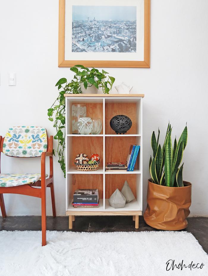 rangement ouvert pour salon, basket avec plante verte, décoration chambre à coucher, meuble relooké, relooker meuble ancien en moderne