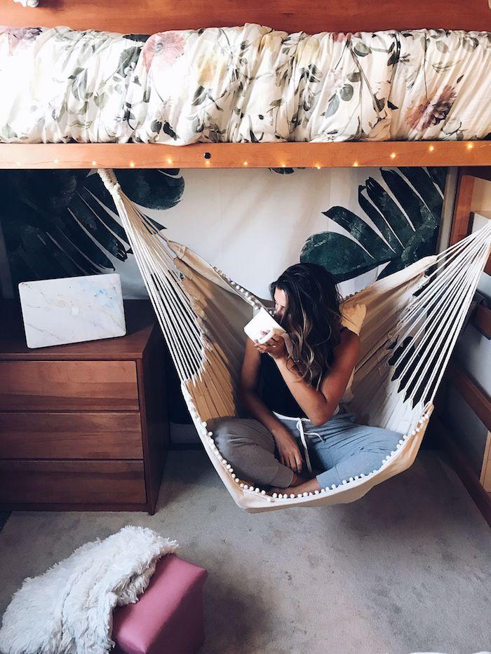 Hamac sous le lit haut, chalet moderne, déco chambre cocooning en bois cosy