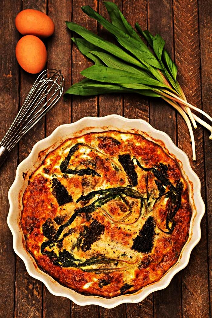 idée de repas simple et rapide pauvre en glucides, quiche aux légumes sans pâte