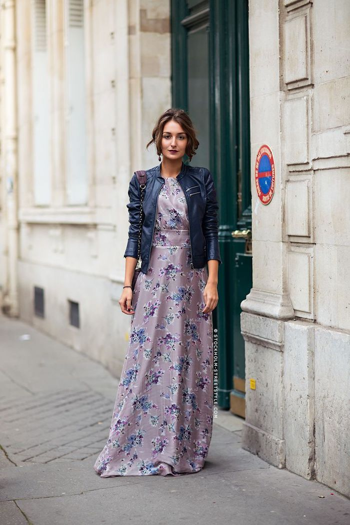 Veste cuir noir et robe longue hiver, tenue chic pour femme stylée, cool idée comment s'habiller pour un mariage en hiver