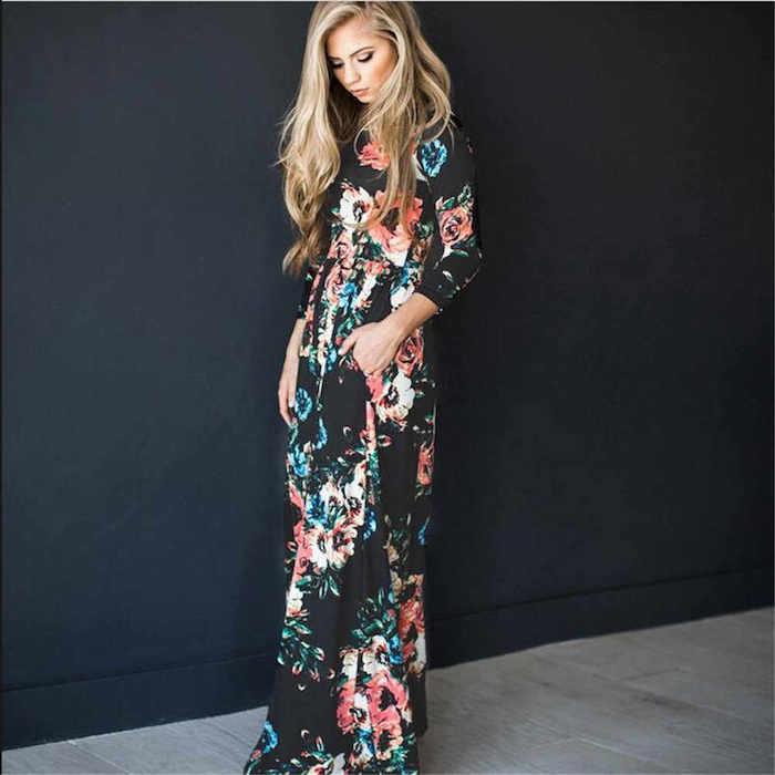 Idée comment s'habiller en automne, robe longue manche longue motif fleurie, tenue originale décontractée chic