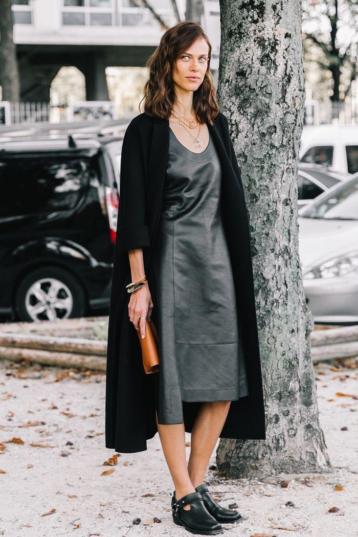 Cuir robe longue chic, comment être une femme bien habillée en hiver, idee de tenue femme