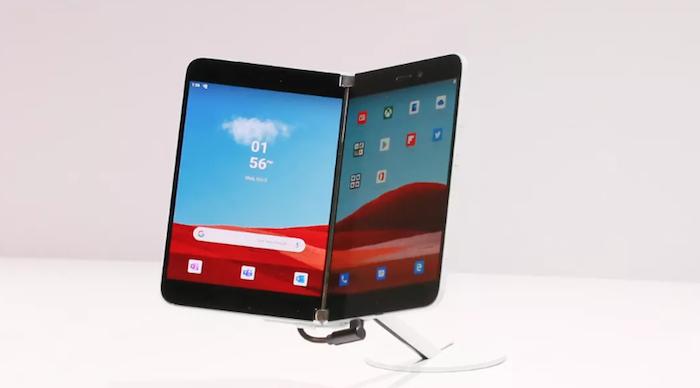 Microsoft présente le Surface Duo comme une petite surface et non comme un smartphone