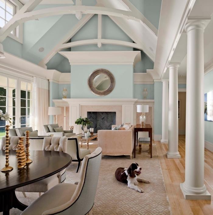 quelle couleur pour les murs dans un salon cozy, idée amenagement salon ouvert avec meubles stylés en tissu et bois