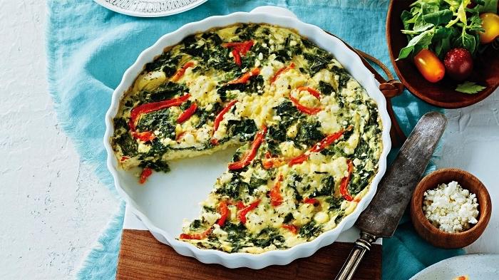 recette allégée de quiche aux épinards, feta et poivrons rouges, plat gratiné facile aux légumes