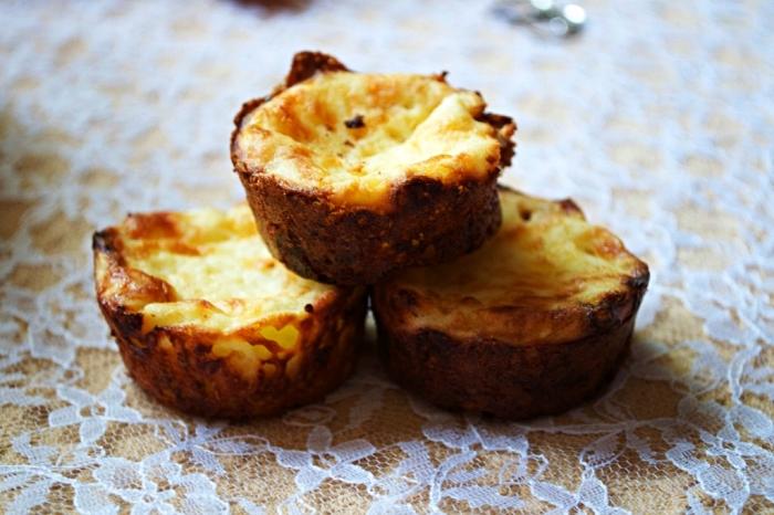 recette sans gluten de mini-quiches sans pâte, idée de petit déjeuner protéine