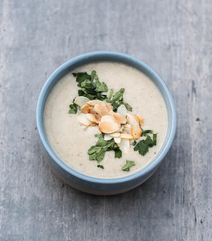 recette potage au chou fleur et amandes pour votre repas du soir léger avec lait d amande