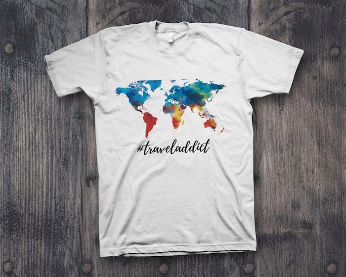 T-shirt avec le plan du monde coloré pour les adicted de voyager idée cadeau meilleure amie, cadeau fait main