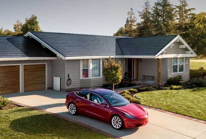 Tesla annonce l'arrivée d'une troisième génération de tuiles de toit solaire Solar Roof