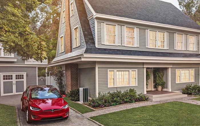 Avec ses nouvelles tuiles, Tesla pense développer son toit solaire à hauteur de 1000 installations par semaine