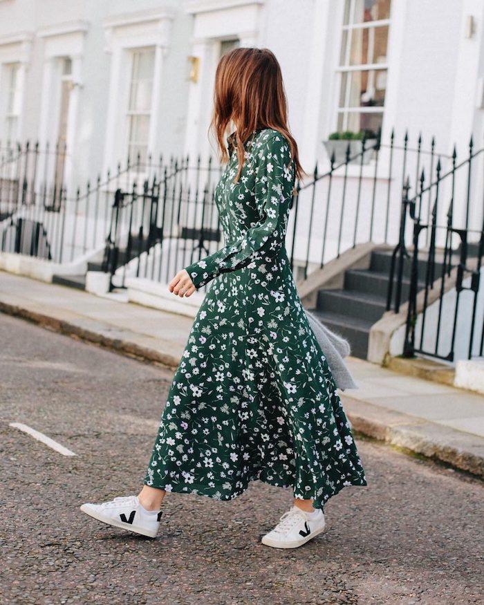 Idée robe longue blanche fleur, s'habiller bien en hiver tendances, inspiration tenue zara robe chemisier longue