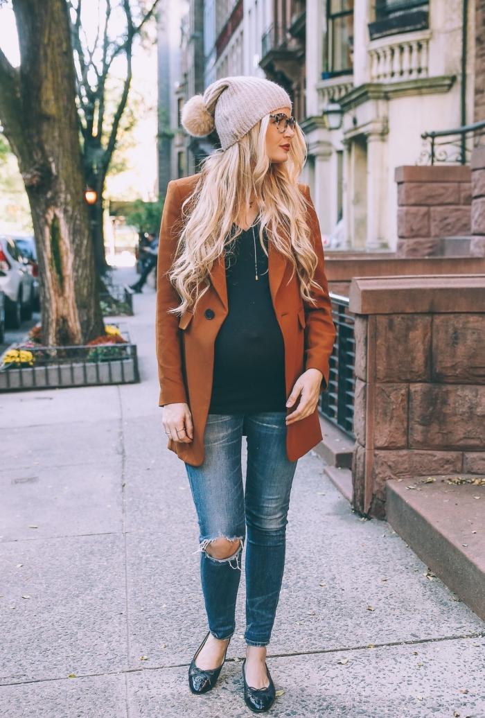 comment assortir les couleurs de ses vêtements, idée mode femme enceinte automne 2019, vetement maternité blouse noire