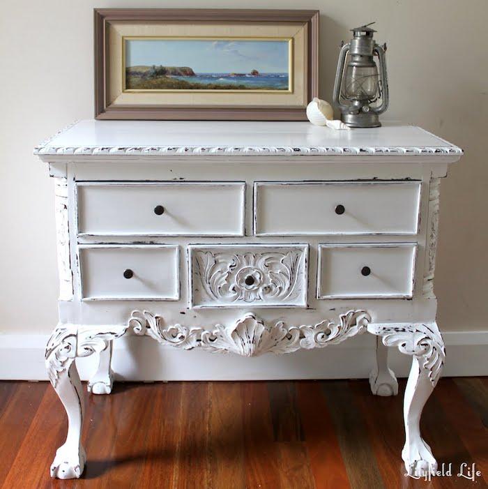 Idée déco de meuble vintage, relooker un meuble en chene, peindre un meuble en bois