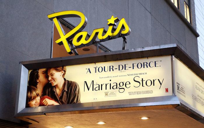 Netlifx a annoncé avoir repris le bail de location du Paris Theatre, dernier cinéma indépendant à salle unique de New York