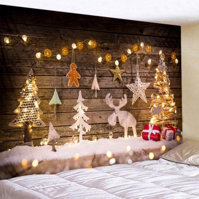 exemple comment décorer une chambre pour Noël avec un mur DIY en planches de bois brut, idée deco noel maison