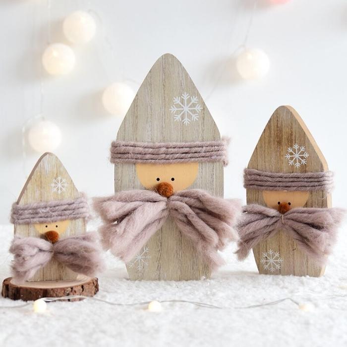 deco noel a fabriquer avec les petits, mini figurines de père noel à réaliser avec morceaux de bois et fil en laine