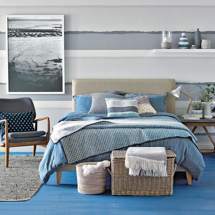 Chambre bleu et gris couleurs de l'océan, peinture sur le mur en gris, deco chambre moderne, comment aménager sa chambre