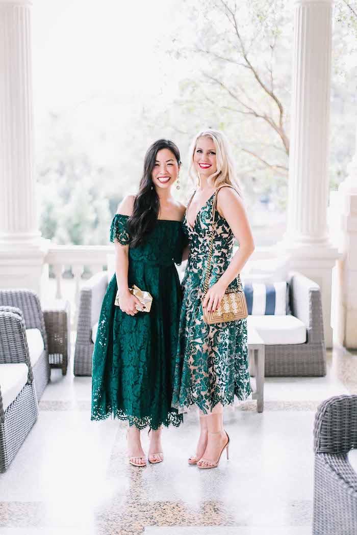 Amies tenues, robe nouvel an, être bien habillée pour les fetes, bloggueuse robe verte en dentelle pour noel