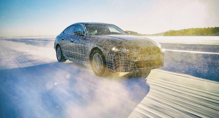 la marque allemande dévoile des images camouflées de sa future BMW i4