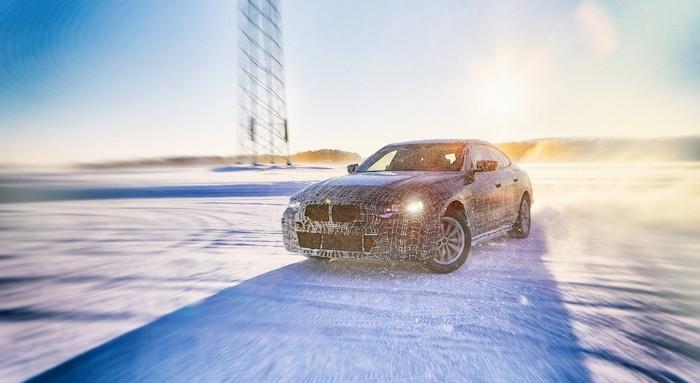 BMW i4, le futur coupé allemand dévoile ses promesses en terme de performances et d'autonomie