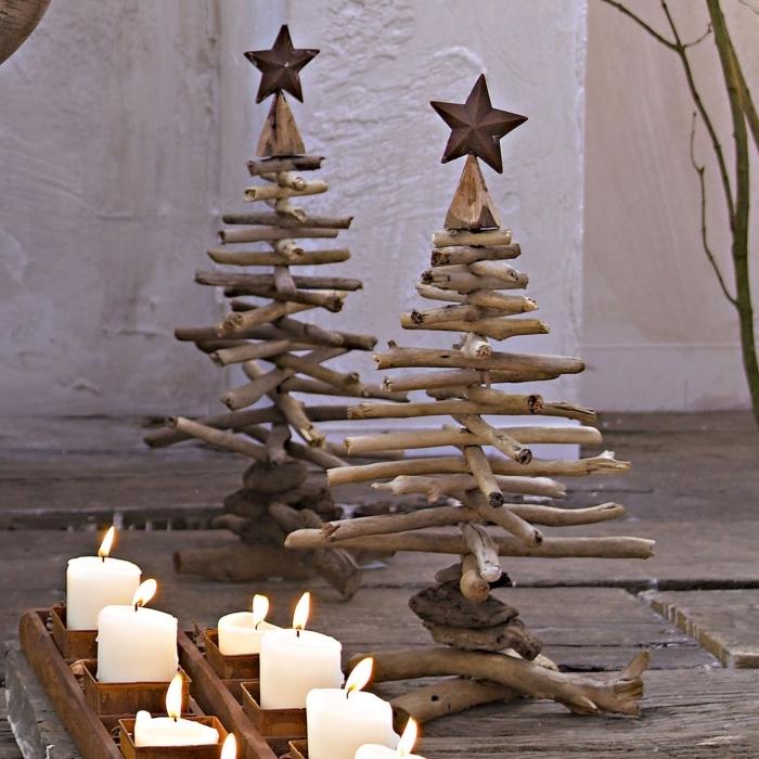 modèles de sapin bois flotté fait main avec étoile en haut, activité manuelle noel avec matériaux recup pour une déco à petit budget