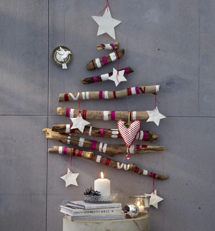 diy suspension murale pour Noël fait main avec branches de bois et corde, activité manuelle noel facile à faire