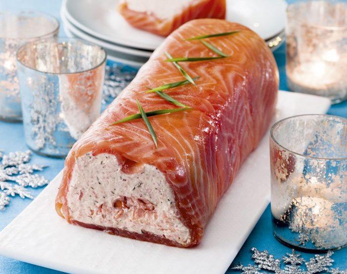 entree de noel à la française, terrine saumon et fromages à la crème, entrée facile et chic pour diner de noel