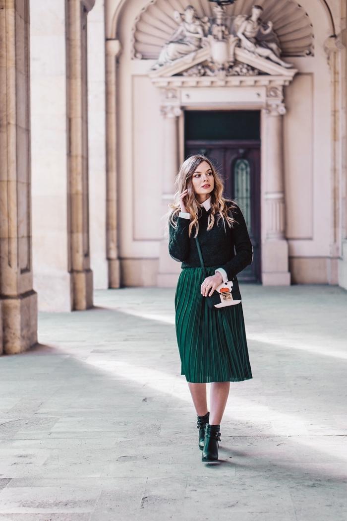 exemple comment bien s'habiller en hiver 2019, look tendance femme 2019 en vêtements de nuances de vert