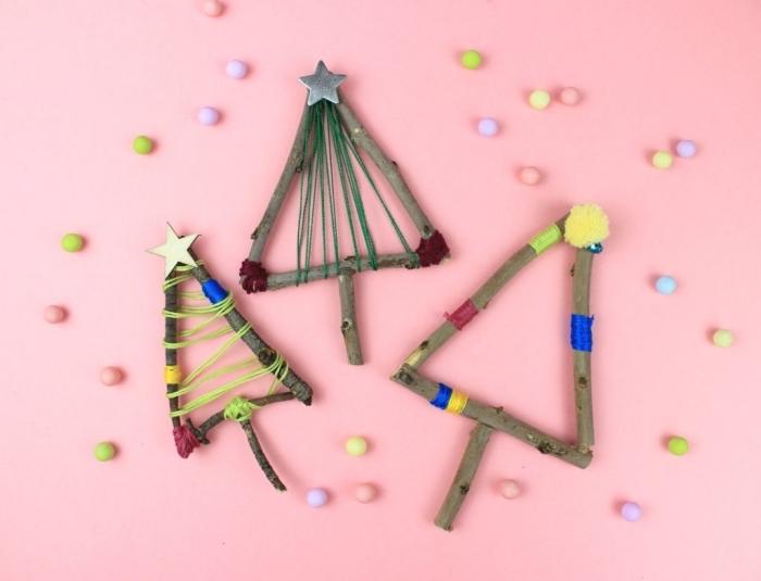 modèle de sapin bois flotté à fabriquer soi-même, activité manuelle Noël pour petits, diy mini arbres de Noël en branches bois