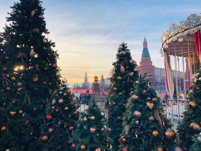 wallpaper pc avec photo de Noël et sapins, images fetes de fin d année gratuites pour fond d'écran ordinateur