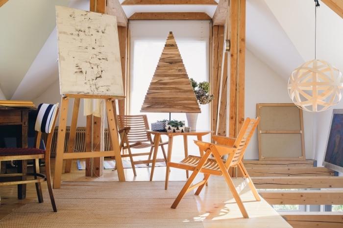 comment décorer son intérieur pour noël de style minimaliste, idée de décoration de noel à fabriquer en bois