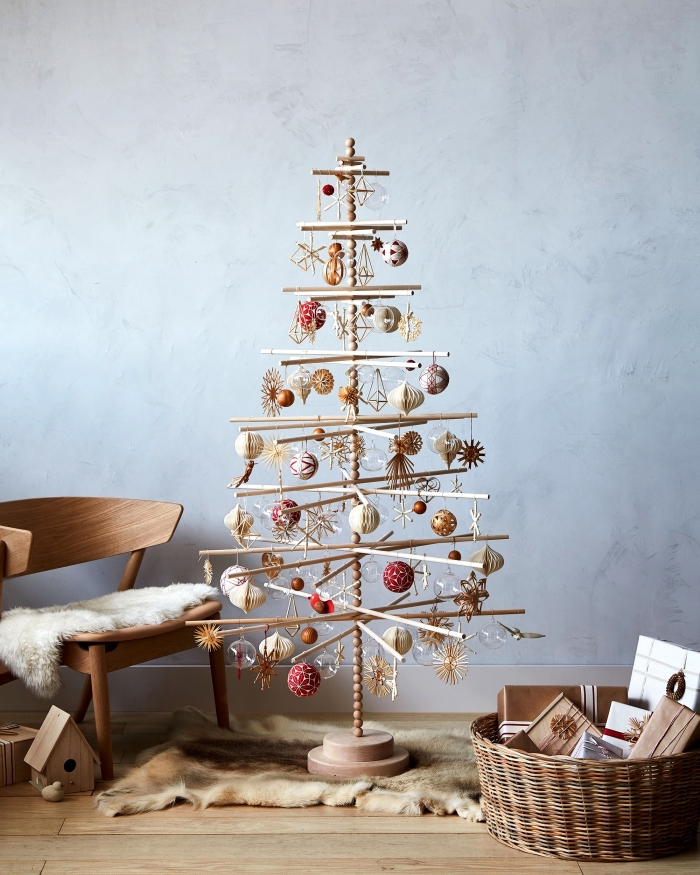 décoration intérieur de style minimaliste pour Noël, modèle de sapin noel bois fabriqué en bâtonnets de bois