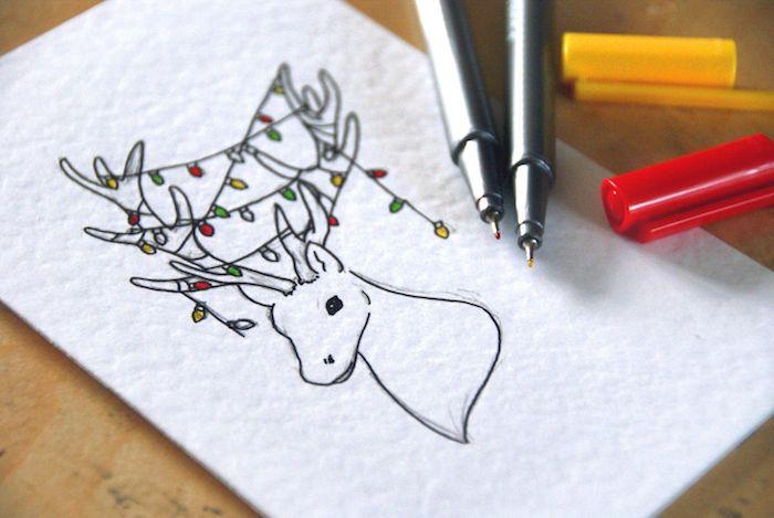 Cerf avec guirlande lumineuse cool, originale idée carte de voeux simple, tete de pere noel, comment faire un dessin au crayon