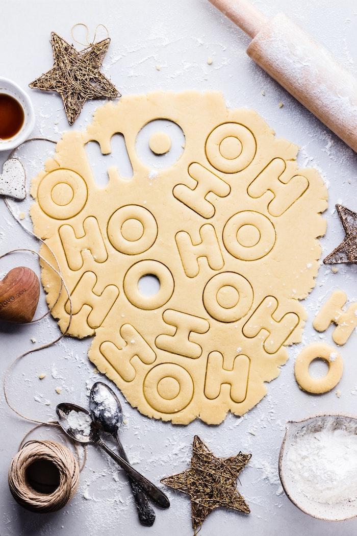 Biscuits ho-ho, lettre de farine, image joyeux noël, envoyer une carte de voeux