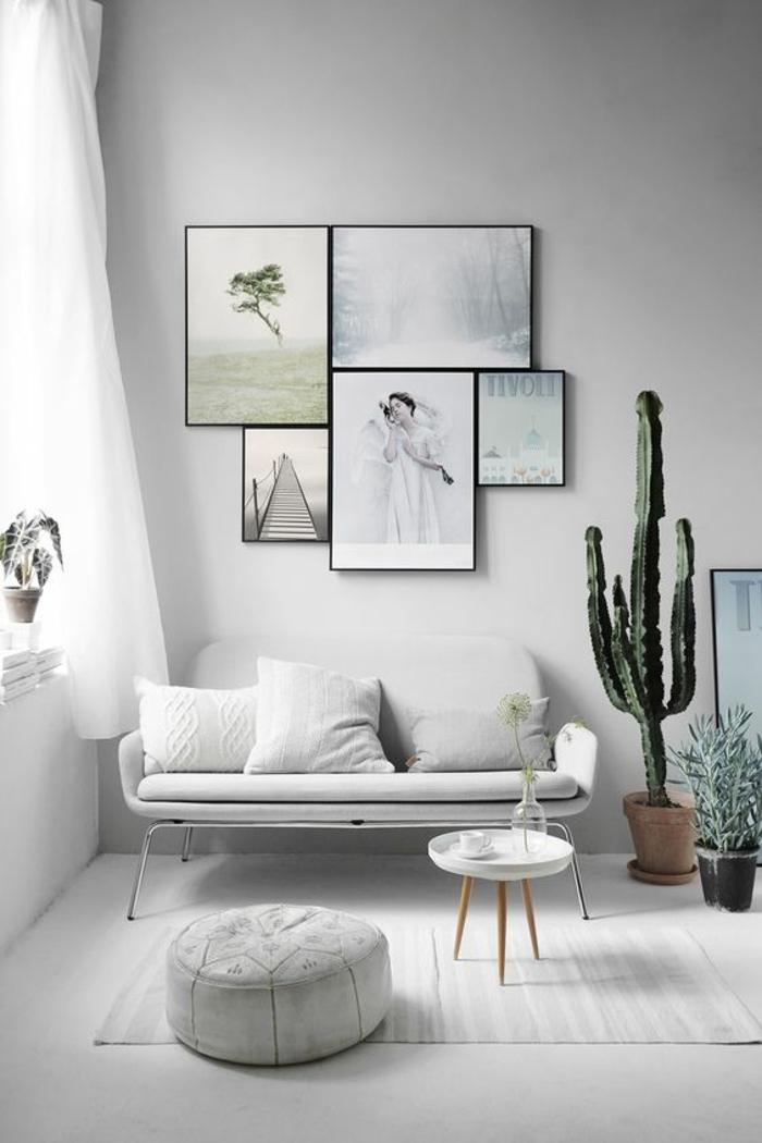 Chambre blanche avec accents gris et cactus grand vert, peinture gris clair, sophistiqué déco chambre gris et blanc, décoration murale avec peintures