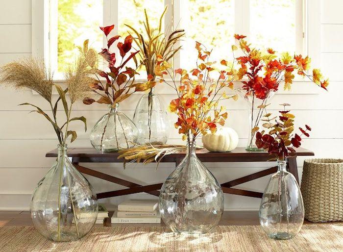 Automnale diy déco chambre, decoration vase, quelle composition faire, bocaux en verre sur le sol