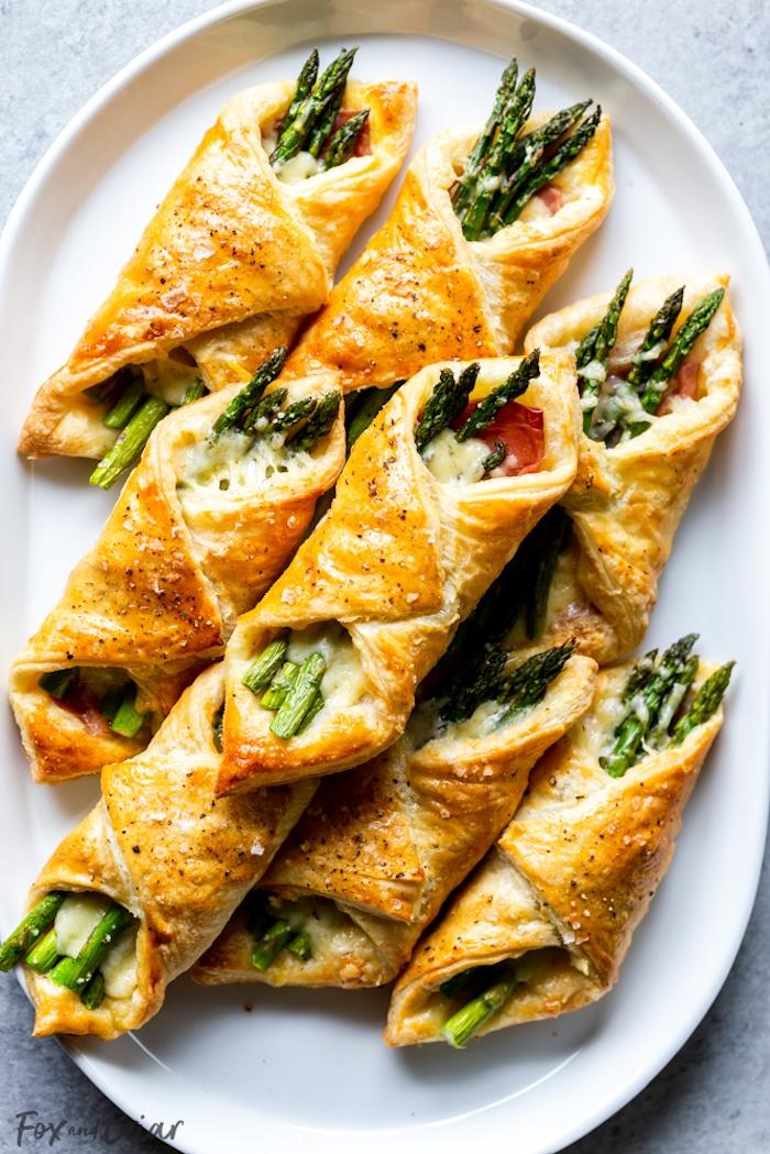 feuilleté apéro simple aux fromages, asperges et prosciutto, apero dinatoire hiver et noel