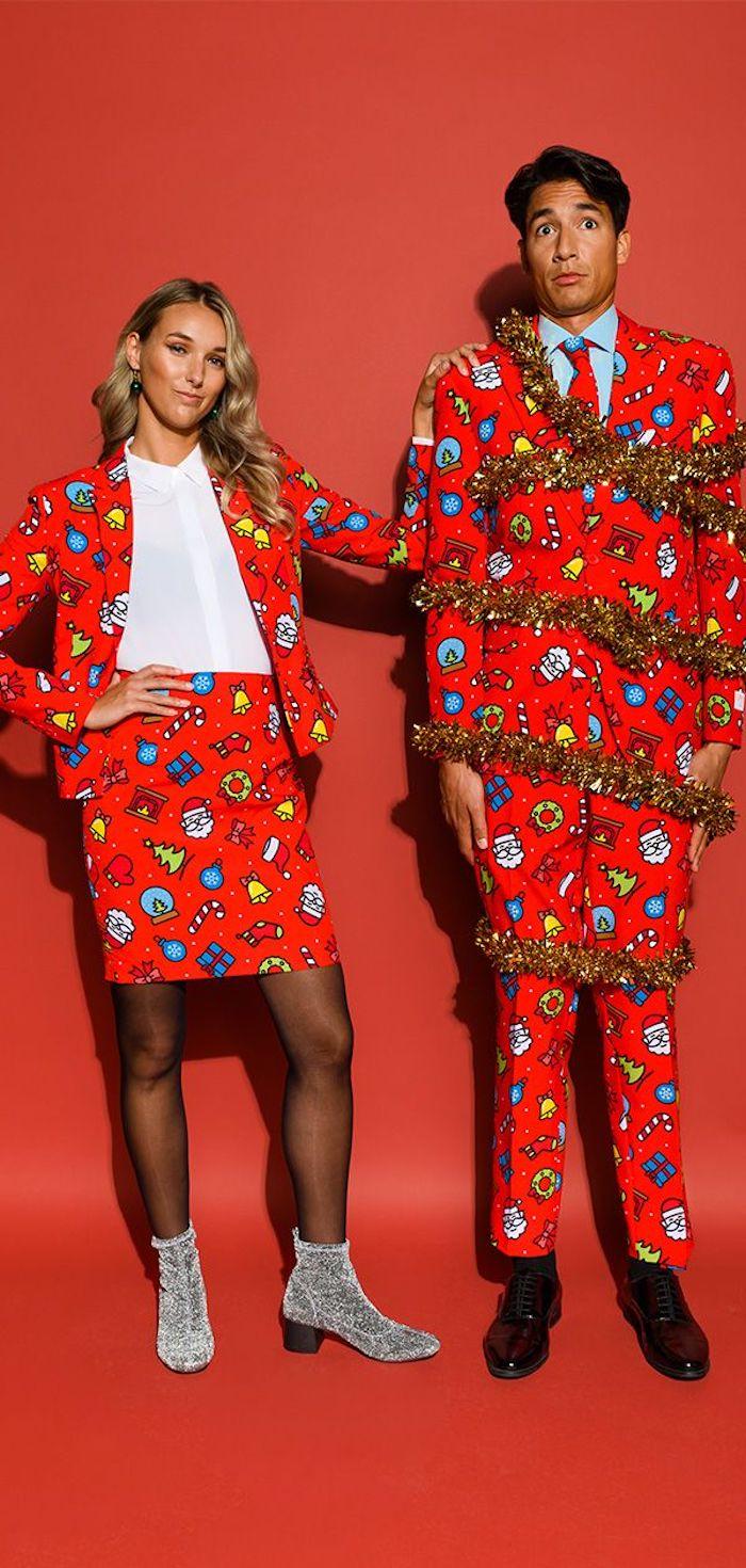 Rouge tailleur à motif père noel et sapins verts, costume pour lui et pour elle, robe de noël, comment s'habiller pour un diner festif