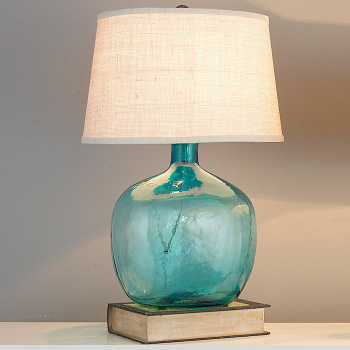 Aigue-marine bouteille transparente en lampe dans la chambre à coucher, dame jeanne verre, comment décorer la salle de séjour